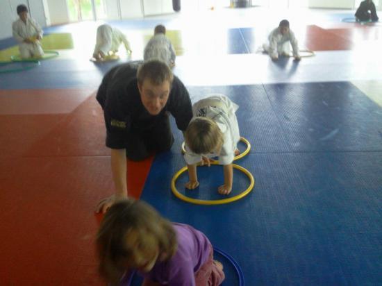 Cours enfants d'arts martiaux à soufflenheim en alsace (67)