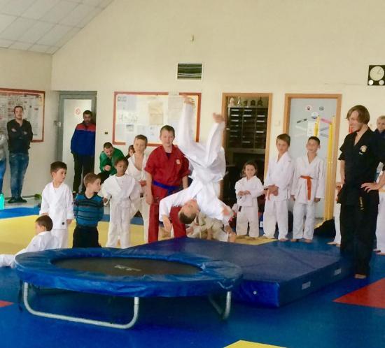 Cours_enfants_arts_martiaux_Soufflenheim02