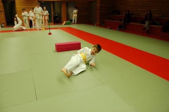 cours enfants sports arts martiaux 06