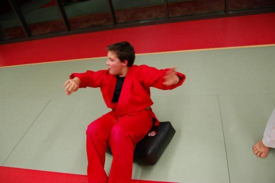 cours enfants sports arts martiaux 23