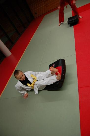 cours enfants sports arts martiaux 24