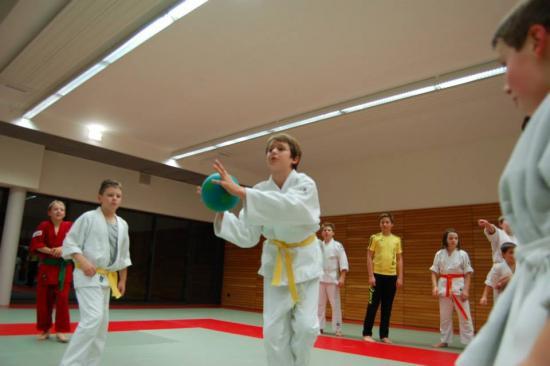 cours enfants sports arts martiaux 36